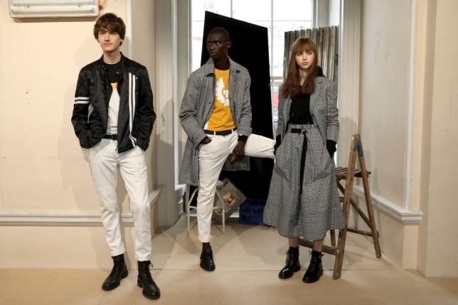 pretty nice 3da57 121f7 Are cropped jeans still fashionable? Should I still wear ...
