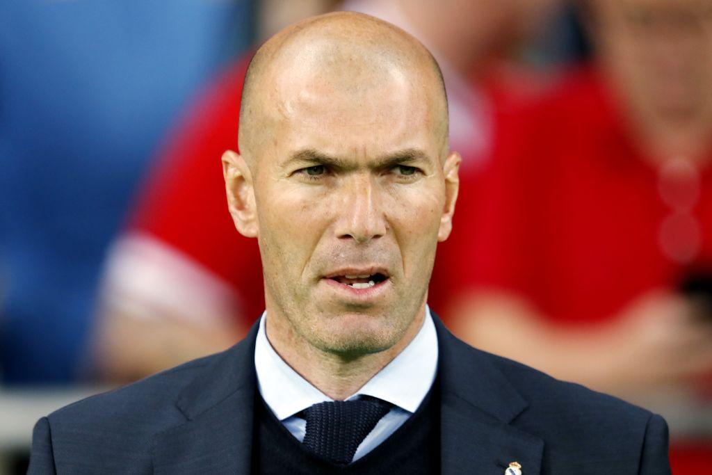 Zinedine Zidane targets Toni Kroos, Thiago Alcantara, James Rodriguez and Edinson Cavani for Manchester United
