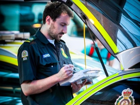 I'm a paramedic and this is my plea to the public before they dial 999
