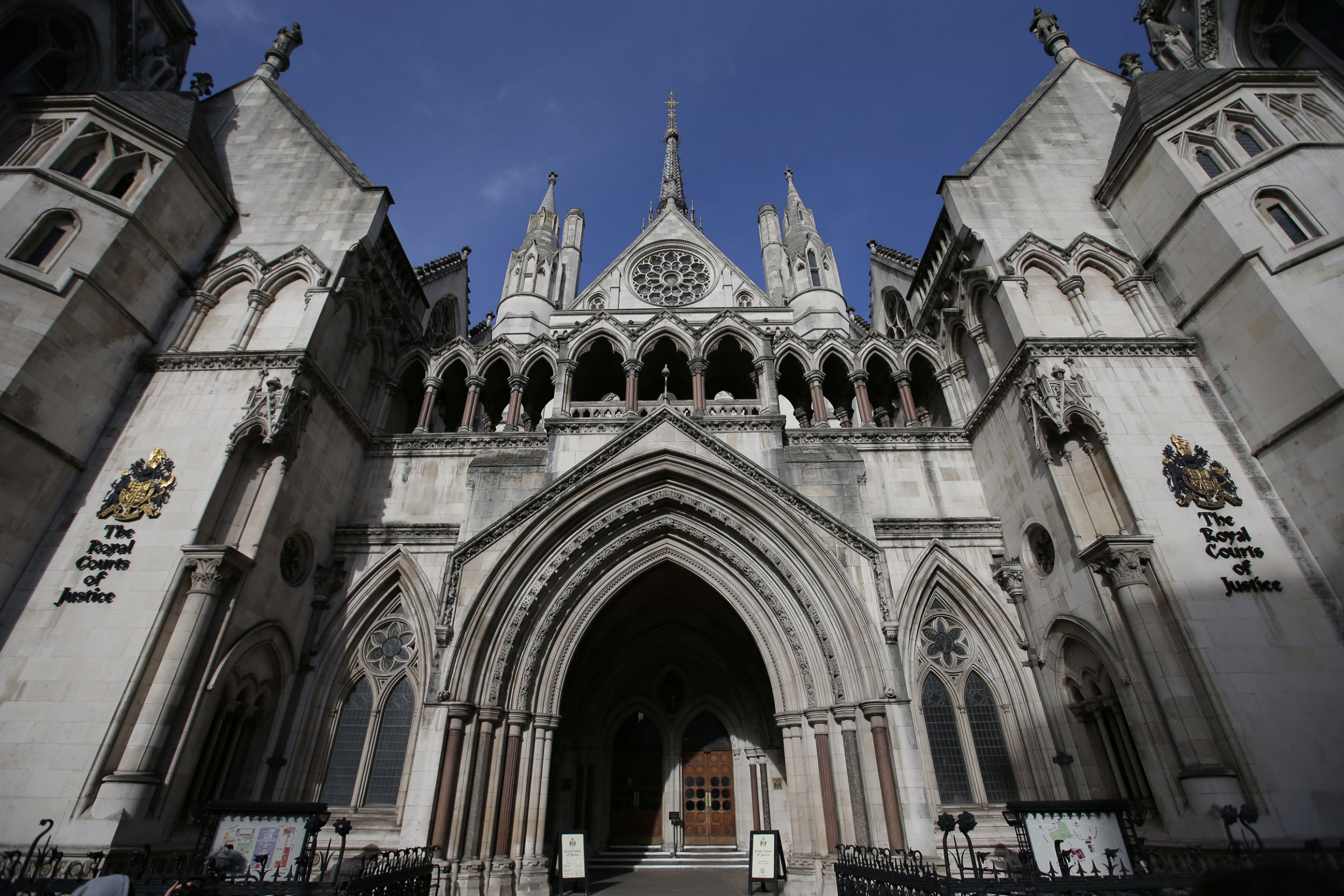 Man worth £34,000,000 paid his lawyers £100,000 to say he can't afford to pay ex-wife £200,000