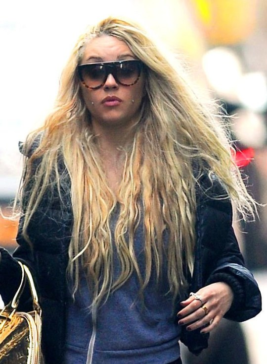Mandatory Credit: Photo by Buzz Foto/REX/Shutterstock (2251979d) Amanda Bynes Amanda Bynes out and about in New York, America - 08 Apr 2013