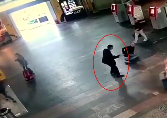 Knife attack at Kursky railway station in Moscow