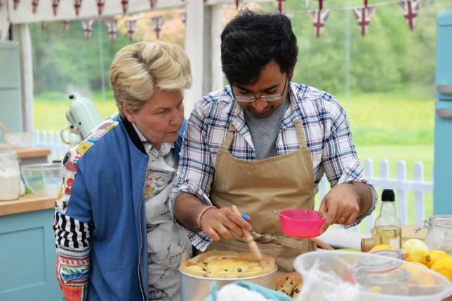 The Great British Bake Off (2018) Episode 3 - Sandi Toksvig with winning baker Rahul Mandal