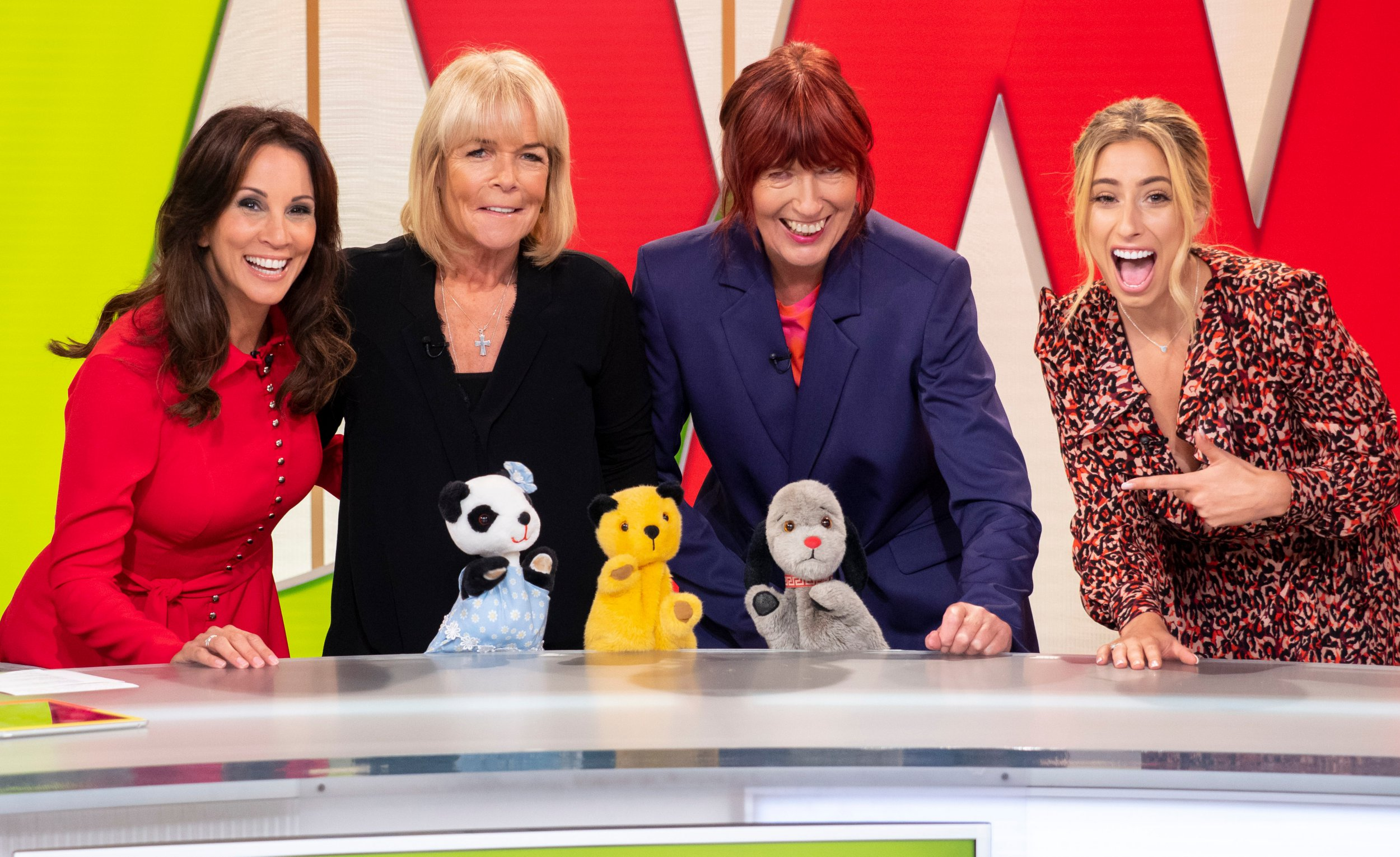 EDITORIAL USE ONLY. NO MERCHANDISING Mandatory Credit: Photo by Ken McKay/ITV/REX (9880171n) Andrea McLean, Linda Robson, Janet Street Porter, Stacey Solomon, Soo, Sooty and Sweep 'Loose Women' TV show, London, UK - 12 Sep 2018 Celeb Guest: Izzy, wizzy, let?s get busy! It's Sooty and Sweep TV legend Sooty joins us alongside sidekick Sweep, girlfriend Soo, and good friend Richard Cadell to celebrate the return of The Sooty Show on ITV. Sooty is also celebrating his 70th birthday this year, so it's about time we treated him to the Loose experience! And you'll never guess which of our panel was a huge Sooty fan and even sent him fan letters!