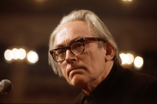 Michael Foot attends the Labour Party Conference for 1999. (Photo by Jeff Overs/BBC News & Current Affairs via Getty Images)