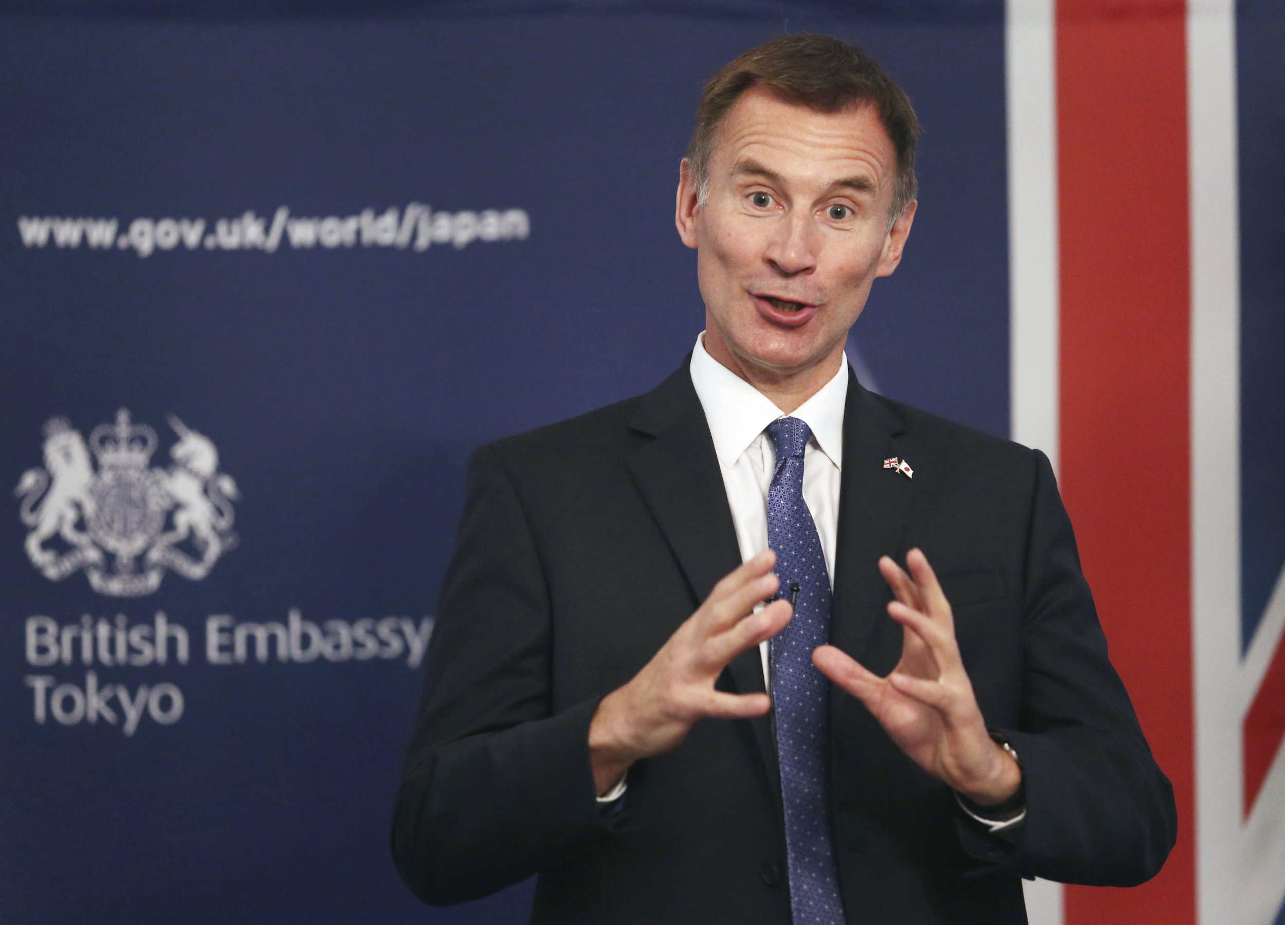 Jeremy Hunt becomes first UK minister to speak Japanese in Japan