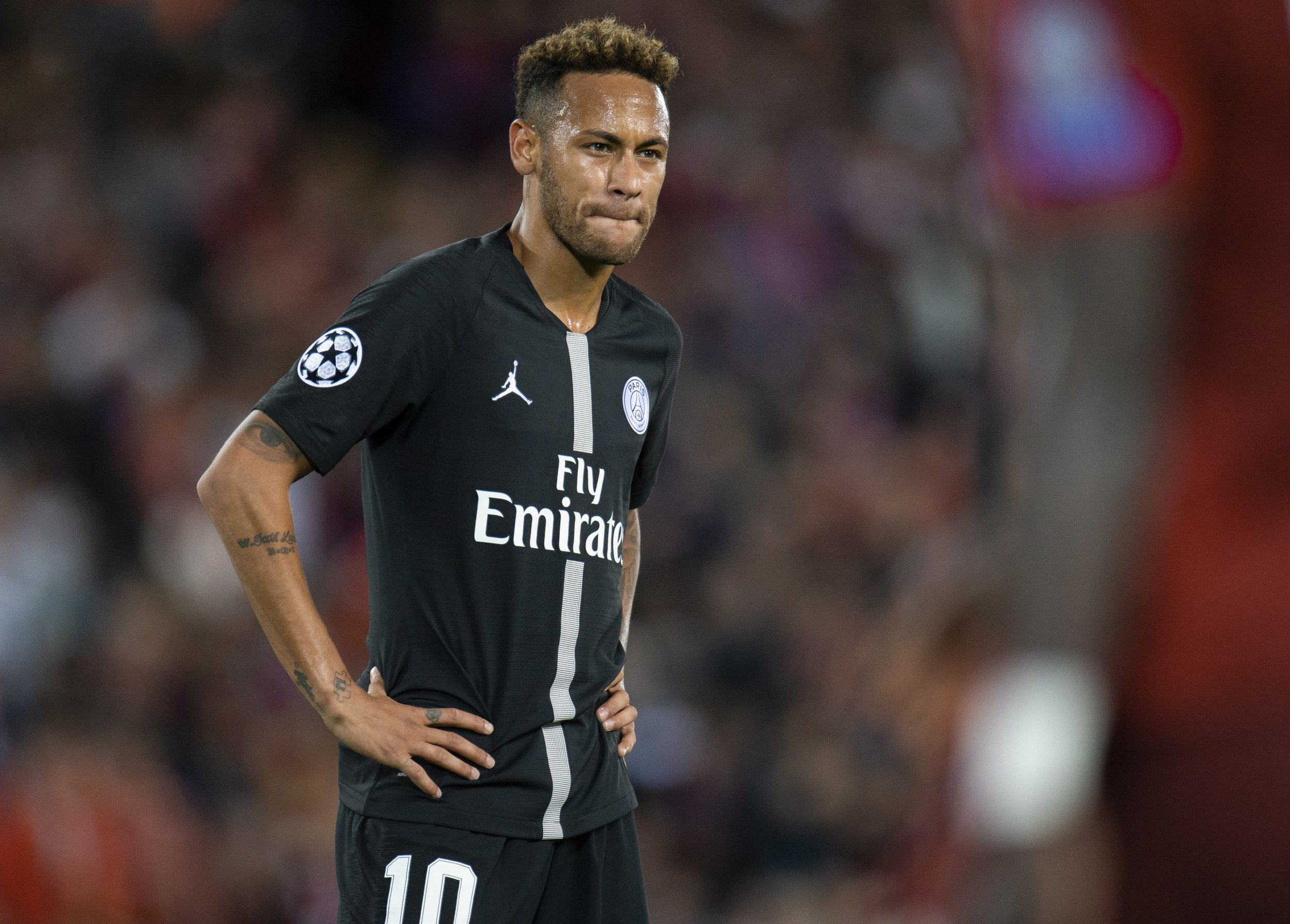 epa07031084 Paris Saint-Germain's Neymar reacts during the UEFA Champions League Group C soccer match between Liverpool and Paris Saint-Germain held at the Anfield in Liverpool, Britain, 18 September 2018. EPA/PETER POWELL