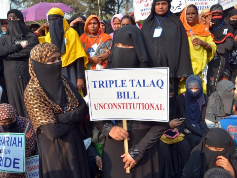 India bans Muslim men from instantly divorcing their wives using 'Talaq'