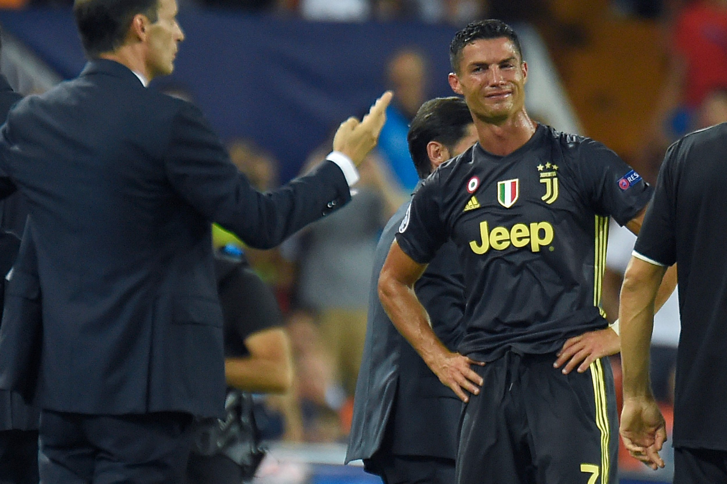 Juventus star Cristiano Ronaldo pleads innocence to Valencia coach after red card