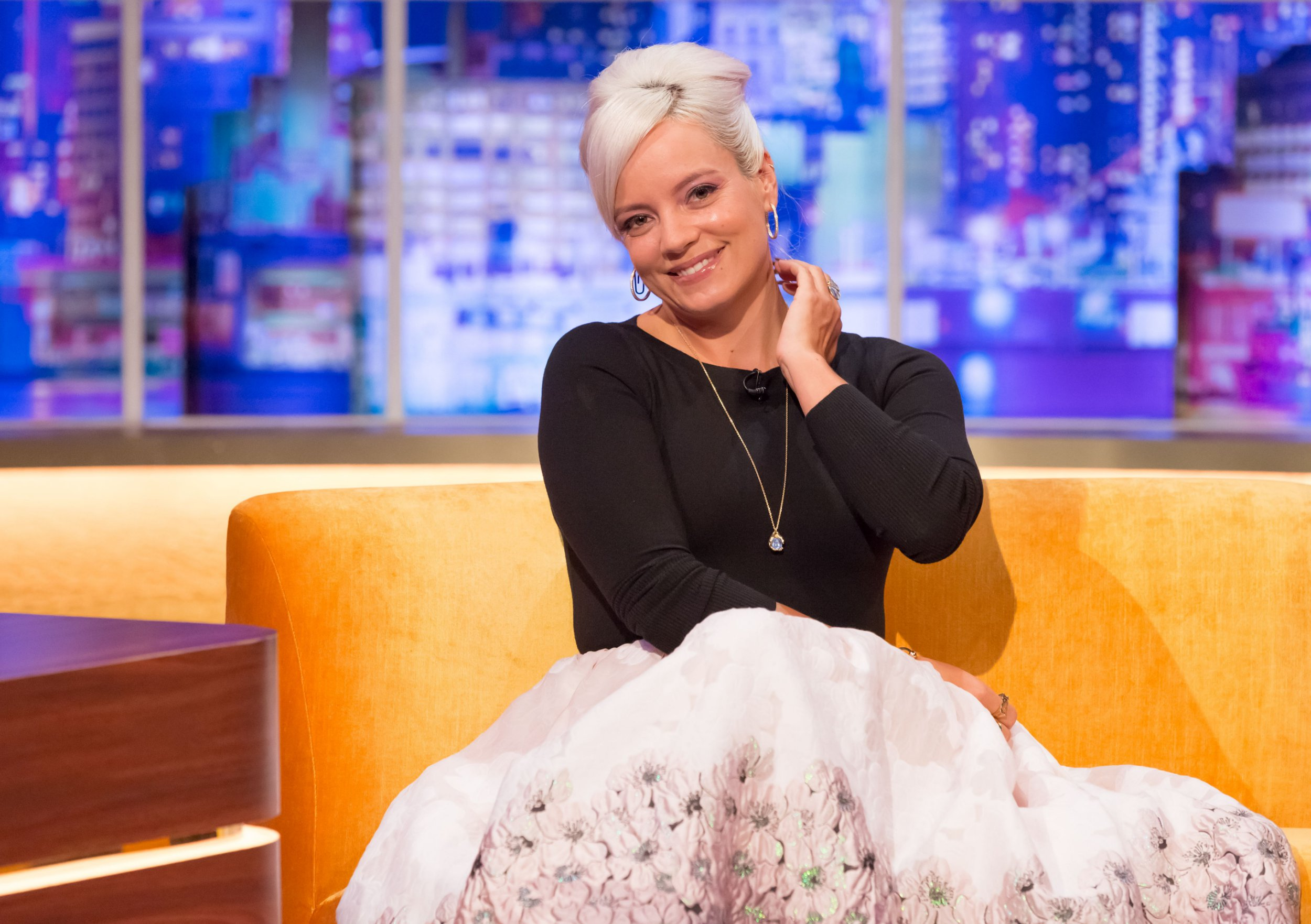 Mandatory Credit: Brian J Ritchie/Hotsauce Editorial Use Only. No Merchandising - STRICTLY EMBARGOED UNTIL 00.01 ON FRIDAY 21ST SEPTEMBER 2018 Mandatory Credit: Photo by Brian J Ritchie/Hotsauce/REX/Shutterstock (9887610bh) Lily Allen 'The Jonathan Ross Show', TV show, Series 13, Episode 4, London, UK - 22 Sep 2018