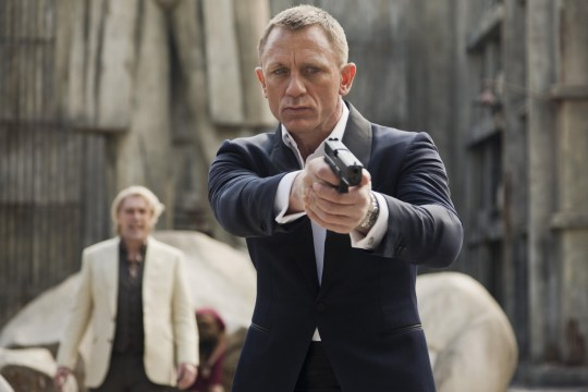 Editorial use only. No book cover usage. Mandatory Credit: Photo by Danjaq/EON Productions/Kobal/REX/Shutterstock (5886236cm) Daniel Craig Skyfall - 2012 Director: Sam Mendes Danjaq / EON Productions UK/USA Scene Still