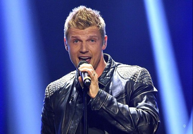 Nick Carter, Backstreet Boys, is asking the HRB to win the best MTV VMAs group