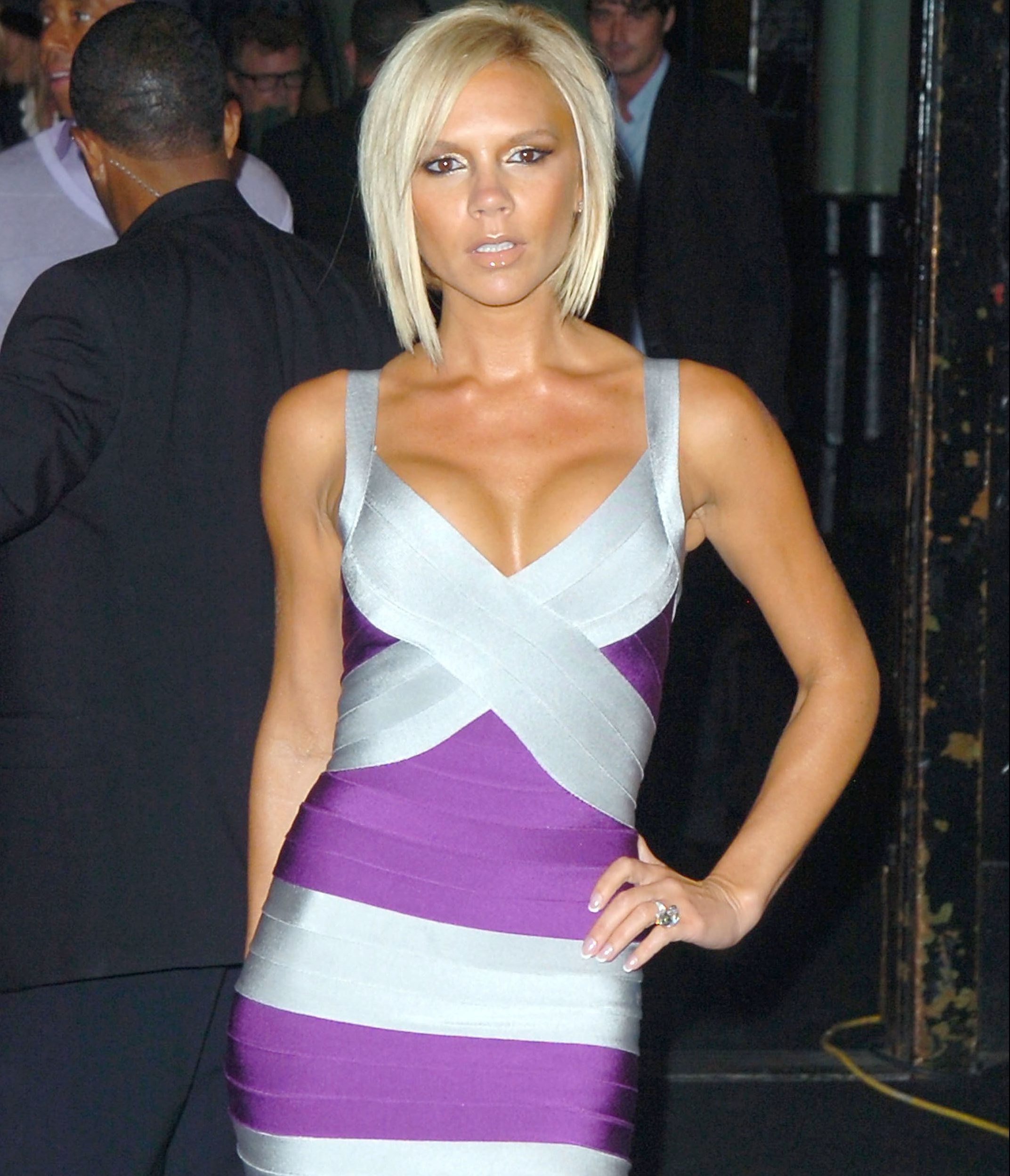 Victoria Beckham in Herve Leger bandage dress