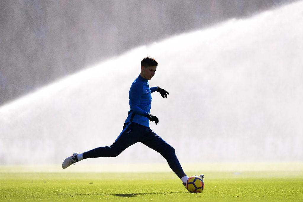 Leeds boss Marcelo Bielsa wants to bring in Tottenham defender in January