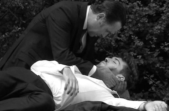 Joe dies in Graham's arms in Emmerdale