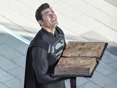 Tyler Hoechlin returns as Superman in first pictures from Elseworld set but what's the deal with the black suit?