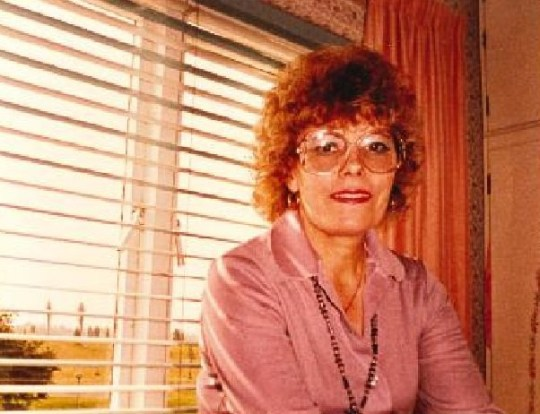 Joan Morris. Joan Morris, of Benfleet, died four months after she was diagnosed with mesothelioma, a cancer of the lining of the lung, commonly associated with exposure to asbestos-related materials.