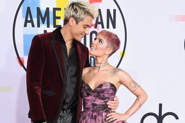 LOS ANGELES, CA - OCTOBER 09: G-Eazy (L) and Halsey attends the 2018 American Music Awards at Microsoft Theater on October 9, 2018 in Los Angeles, California. (Photo by Steve Granitz/WireImage)