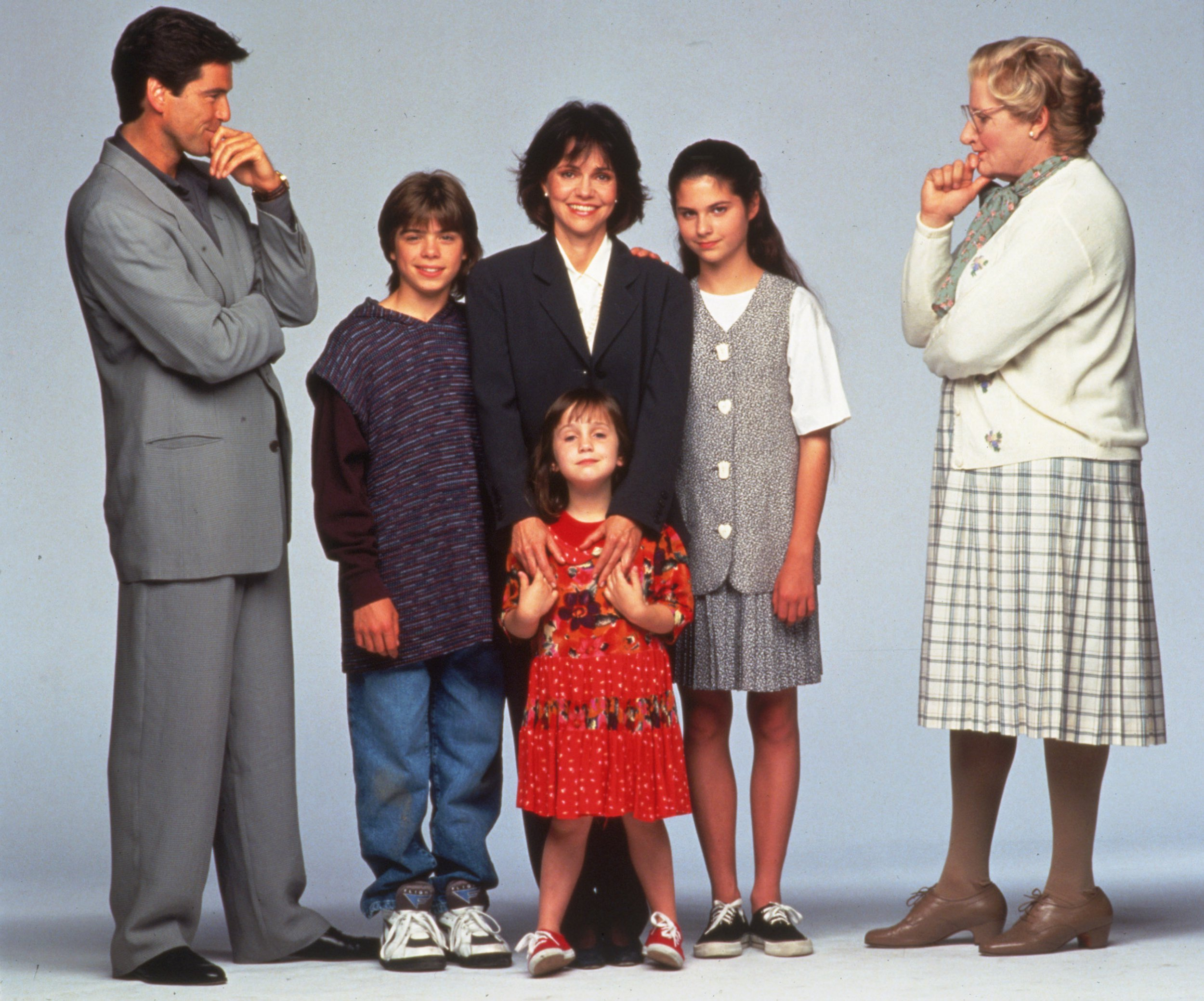Editorial use only Mandatory Credit: Photo by SNAP/REX/Shutterstock (390905ce) FILM STILLS OF 'MRS. DOUBTFIRE' WITH 1993, PIERCE BROSNAN, CHRIS COLUMBUS, ENSEMBLE, SALLY FIELD, LISA JAKUB, MATTHEW LAWRENCE, ROBIN WILLIAMS, MARA WILSON IN 1993 VARIOUS