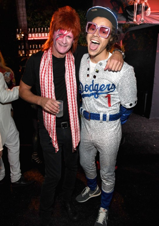 Halloween Costume 370.Harry Styles Dresses Up As Elton John For Halloween Party Metro News