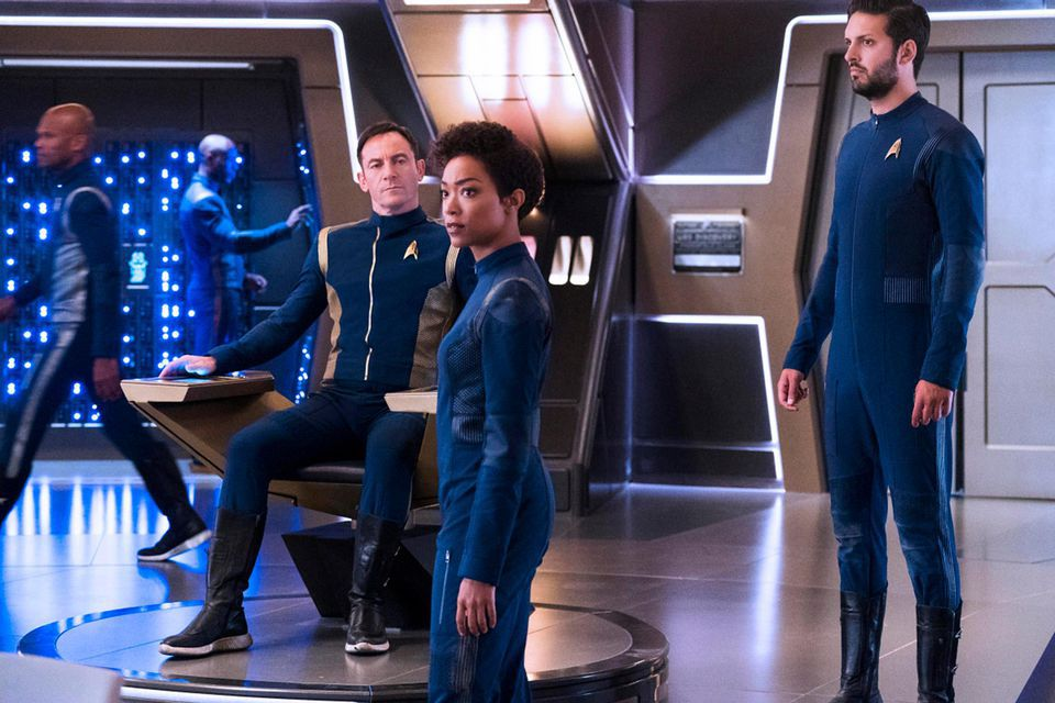 What time is Star Trek: Discovery season 2 released on Netflix?