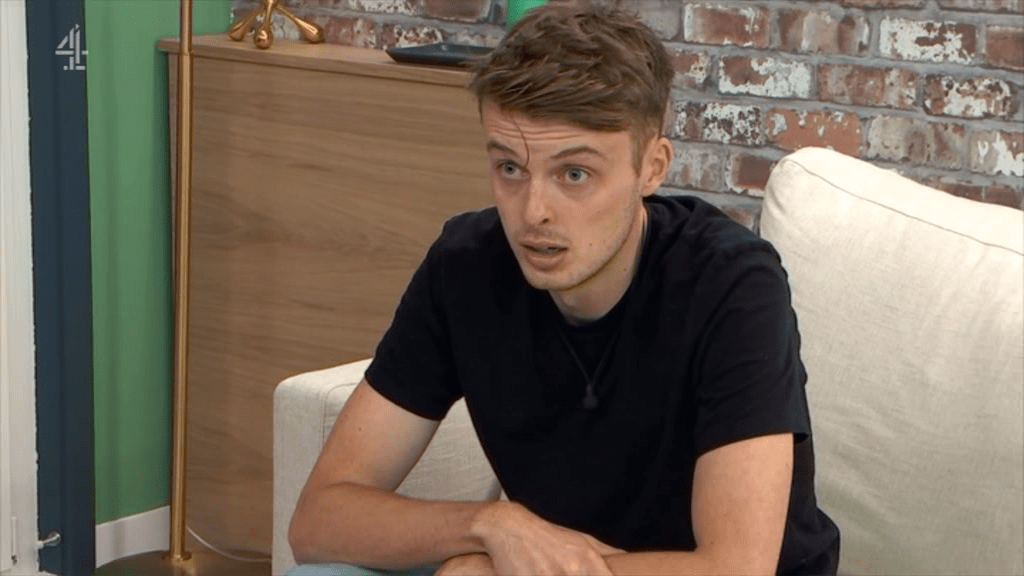 Alex got a surprise from his girlfriend on The Circle (Picture: Channel 4)
