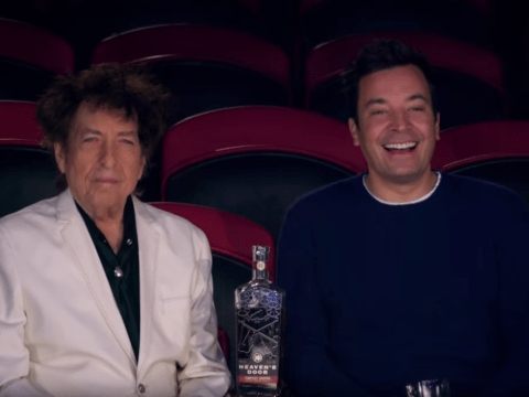 Bob Dylan makes an appearance on Jimmy Fallon … and doesn't make a single sound