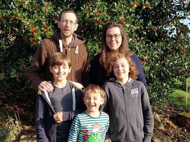 sarah saunders family