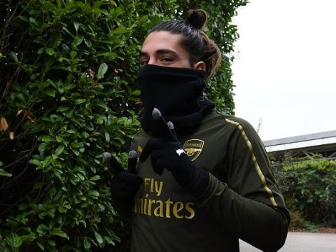 Hector Bellerin returns to Arsenal training ahead of huge Liverpool clash