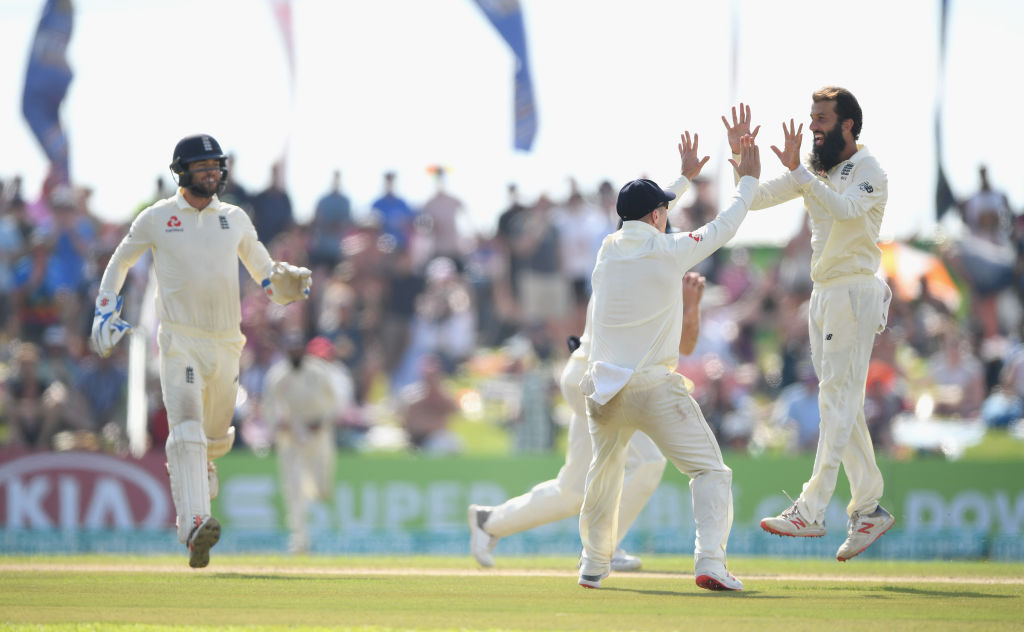 Moeen Ali helps England take control of first Sri Lanka Test after Ben Foakes makes history