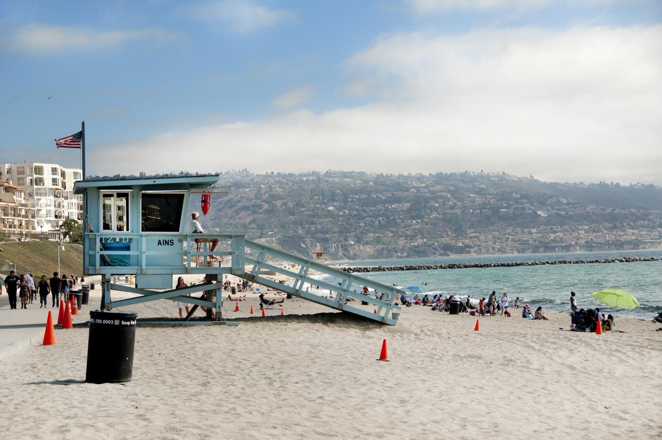 Step away from the glitz and glam of Hollywood toembrace the LA beach lifestyle
