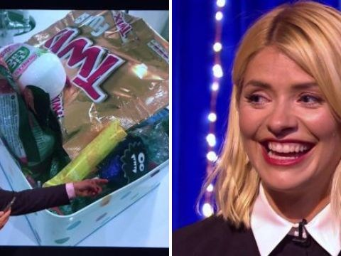 Holly Willoughby cringes as Michael McIntyre leaks bizarre tampon photo from her phone