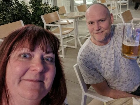Husband flew wife to Greece as a surprise and managed to keep the whole thing secret