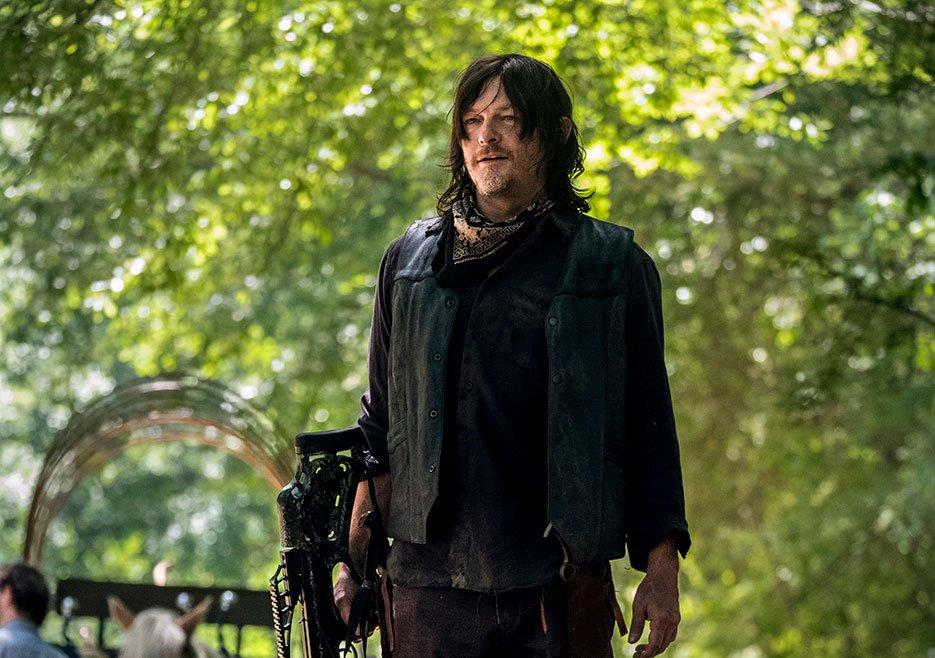 Daryl from the walking dead - when is season 9 back