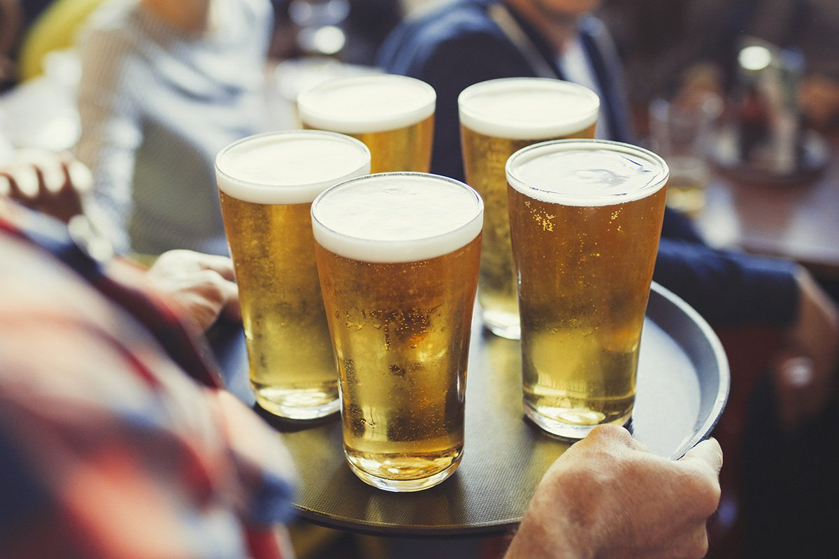 All day drinking sessions could be banned at UK airports