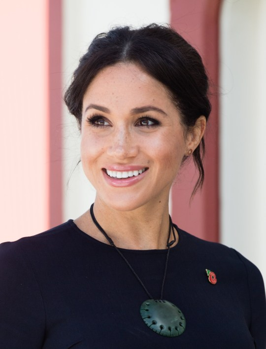 ROTORUA, NEW ZEALAND - OCTOBER 31: Meghan, Duchess of Sussex visits Te Papaiouru Marae for a formal powhiri and luncheon on October 31, 2018 in Rotorua, New Zealand. The Duke and Duchess of Sussex are on their official 16-day Autumn tour visiting cities in Australia, Fiji, Tonga and New Zealand. (Photo by Samir Hussein/Samir Hussein/WireImage)