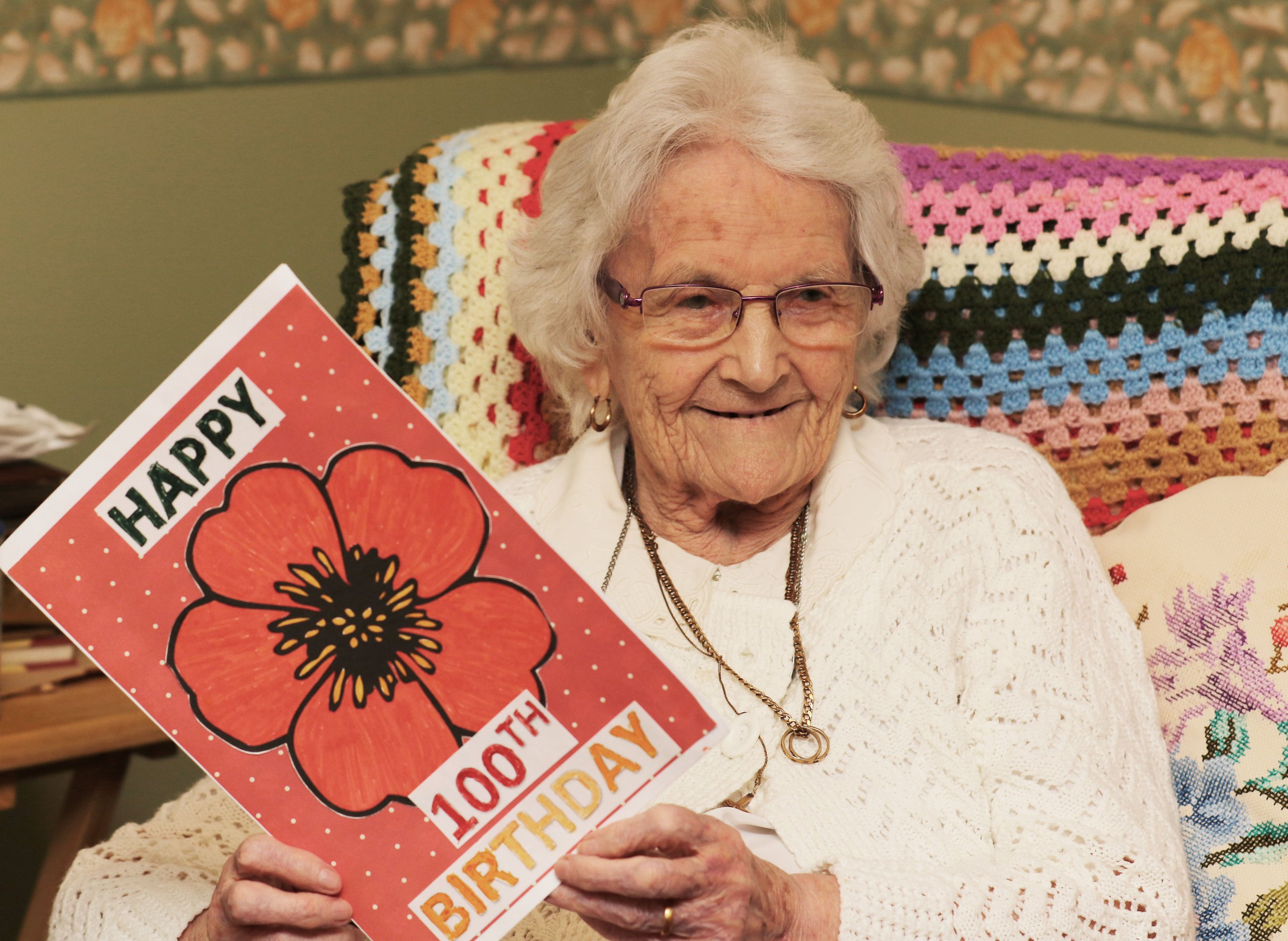 DILYS ARMISTICE FOX 100 ON ARMISTICE - OUT LIVED HER FAMILY AND HAD NO-ONE TO SHARE HER BIRTHDAY WITH,LOCAL SCHOOLS HAVE ALL MADE HER CARDS AND SENT BIRTHDAY - MESSAGES - BARRY KEEVINS HAS WORDS 07515 382 675