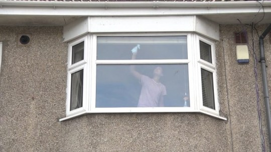 Avon and Somerset police send warning to window cleaners inside home Avon and Somerset Police