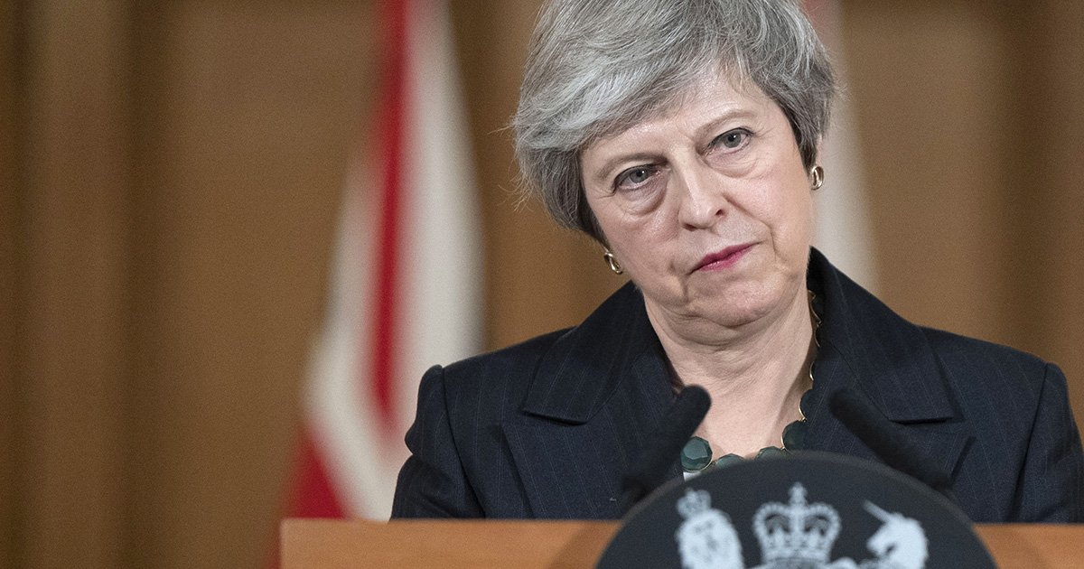 What happens if a vote of no confidence in Theresa May is triggered?