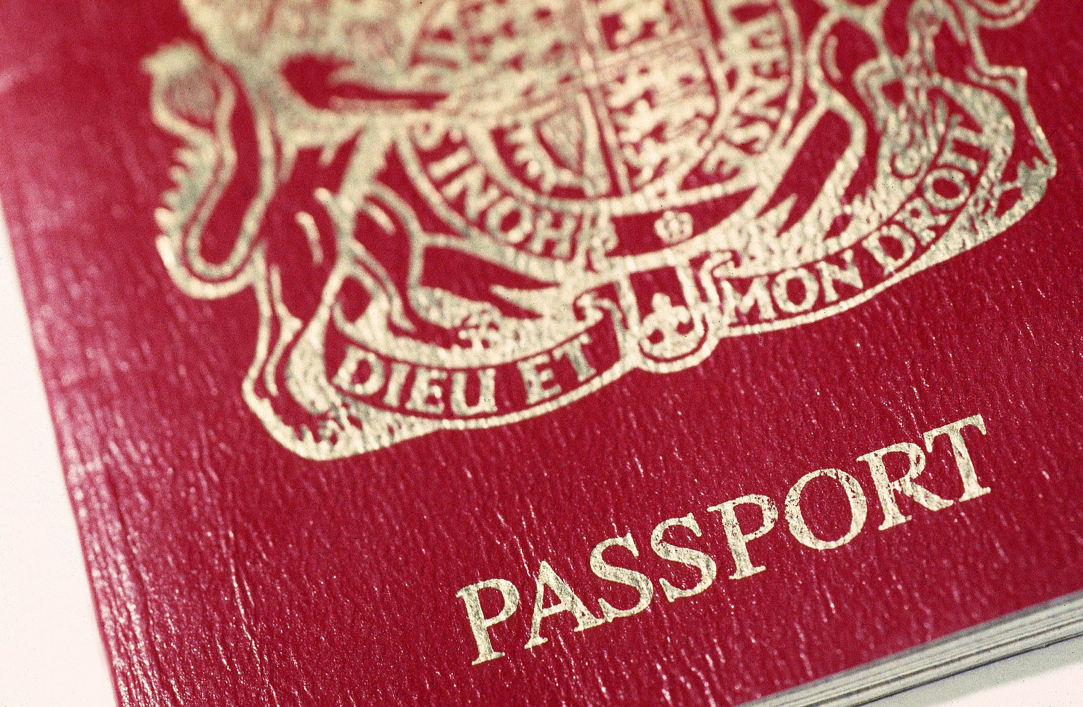 Man's move to Australia ruined when he loses passport on his leaving do