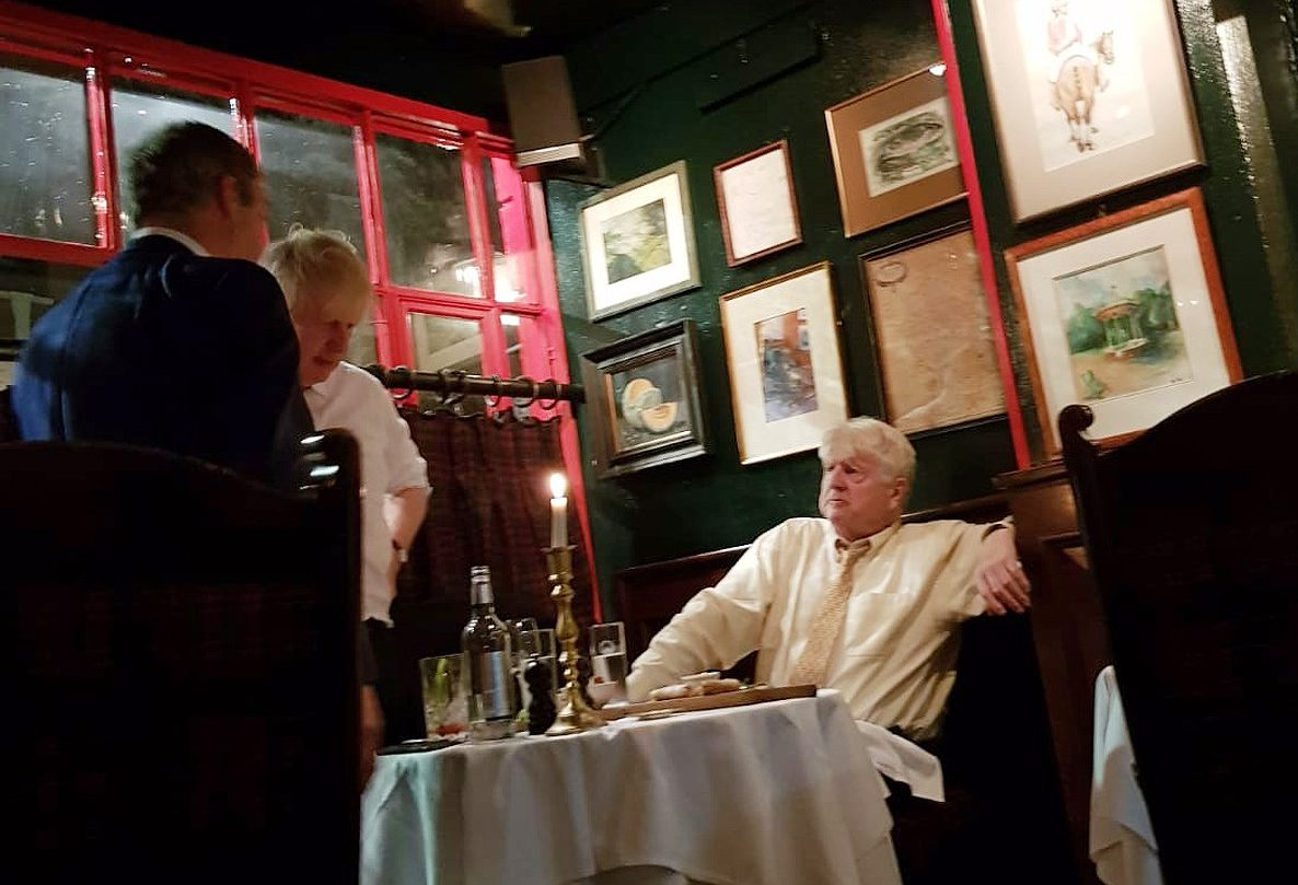 Boris Johnson and Nigel Farage spotted in swanky restaurant together amid Brexit chaos