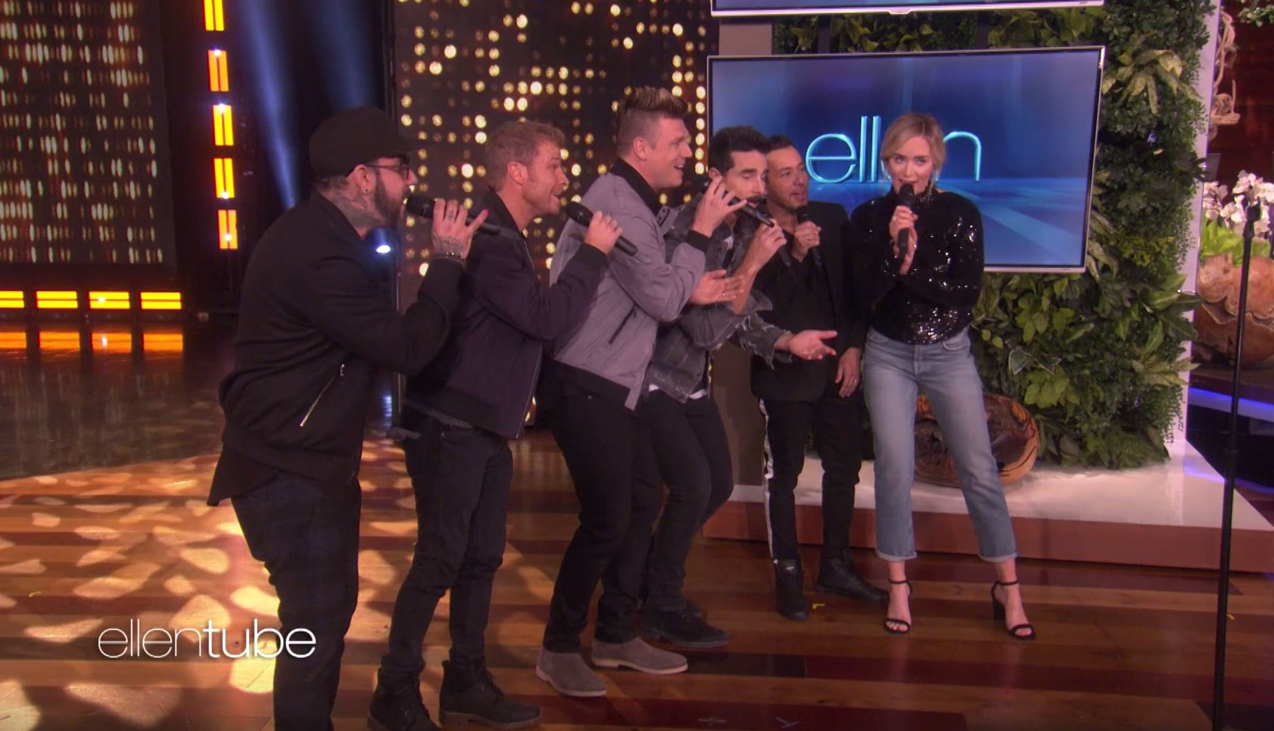 Emily Blunt sings with the Backstreet Boys