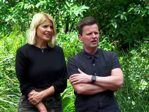How tall is Holly Willoughby?