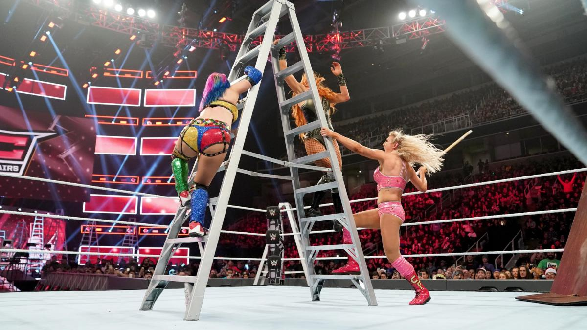 WWE TLC: Ronda Rousey shocks Becky Lynch at WWE's last PPV of the year