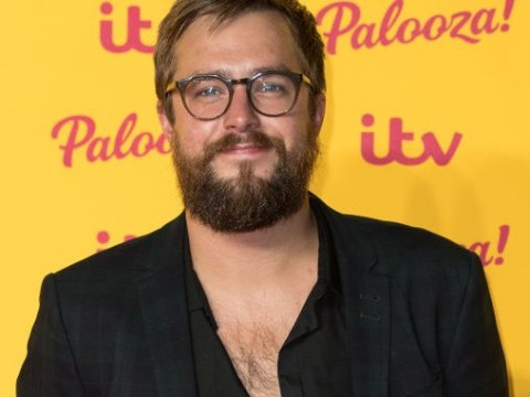 Love Island's Iain Stirling called a 'hero' by fans for savage Christmas reunion comments