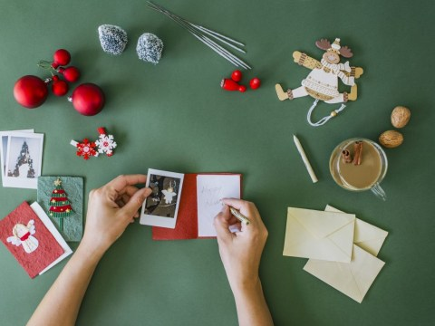 There are little things you can do to help those with Alzheimer's enjoy Christmas cards