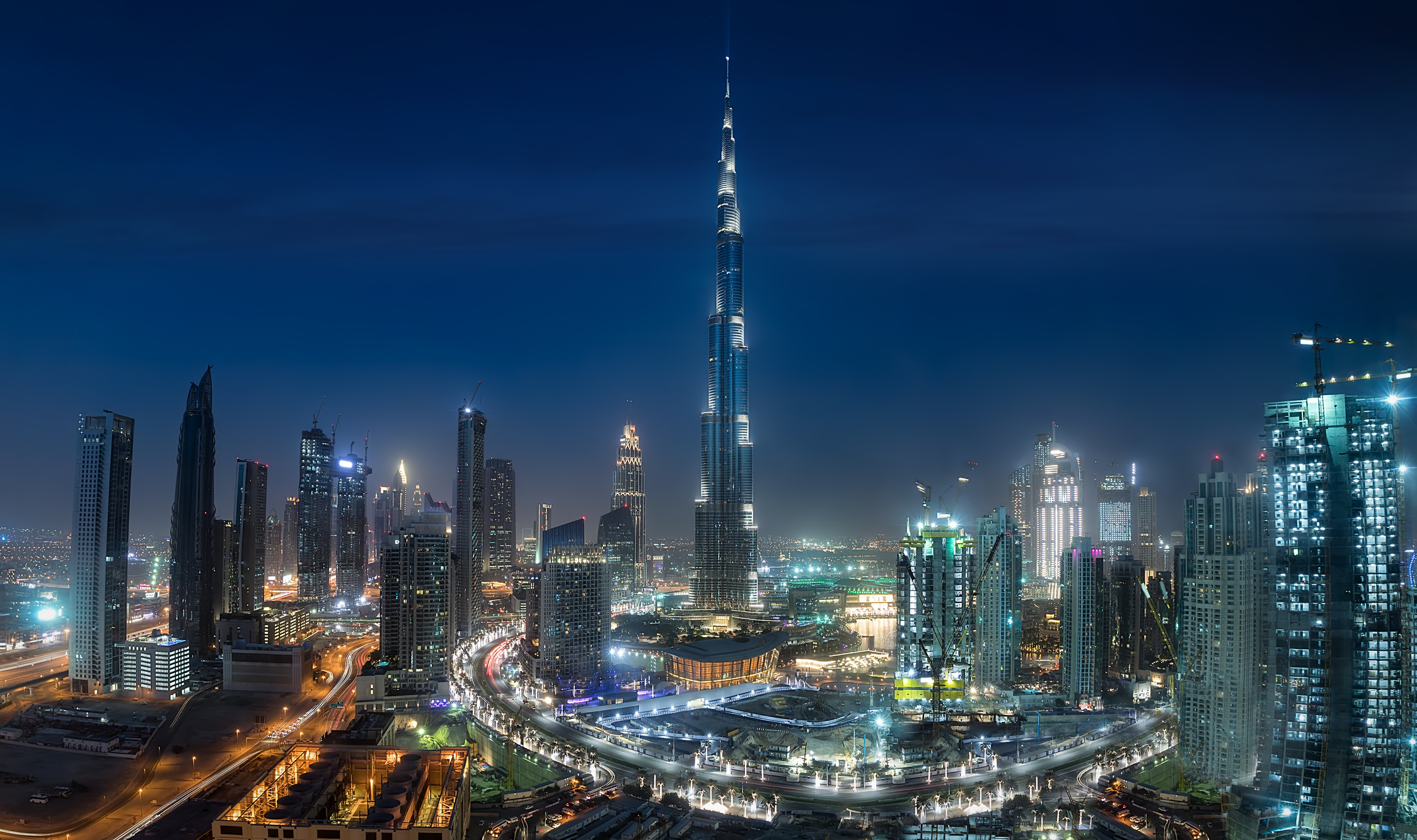 Dubai for the holidays – how sun-seekers and shopaholics celebrate Christmas and New Year