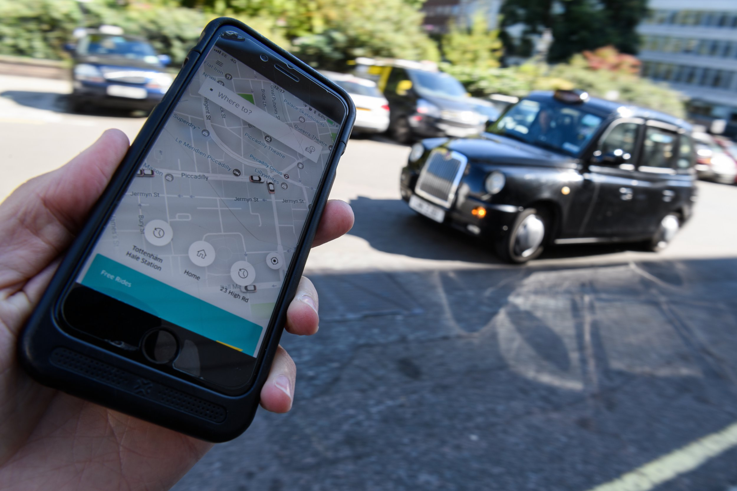 Uber taking fight against giving drivers workers' rights to Supreme Court