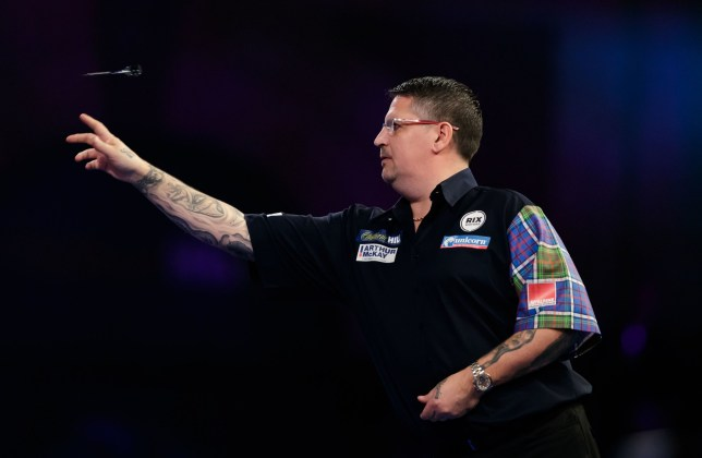 Gary Anderson during his match against Jermaine Wattimena during day ten of the William Hill World Darts Championships at Alexandra Palace, London. PRESS ASSOCIATION Photo. Picture date: Saturday December 22, 2018. Photo credit should read: John Walton/PA Wire