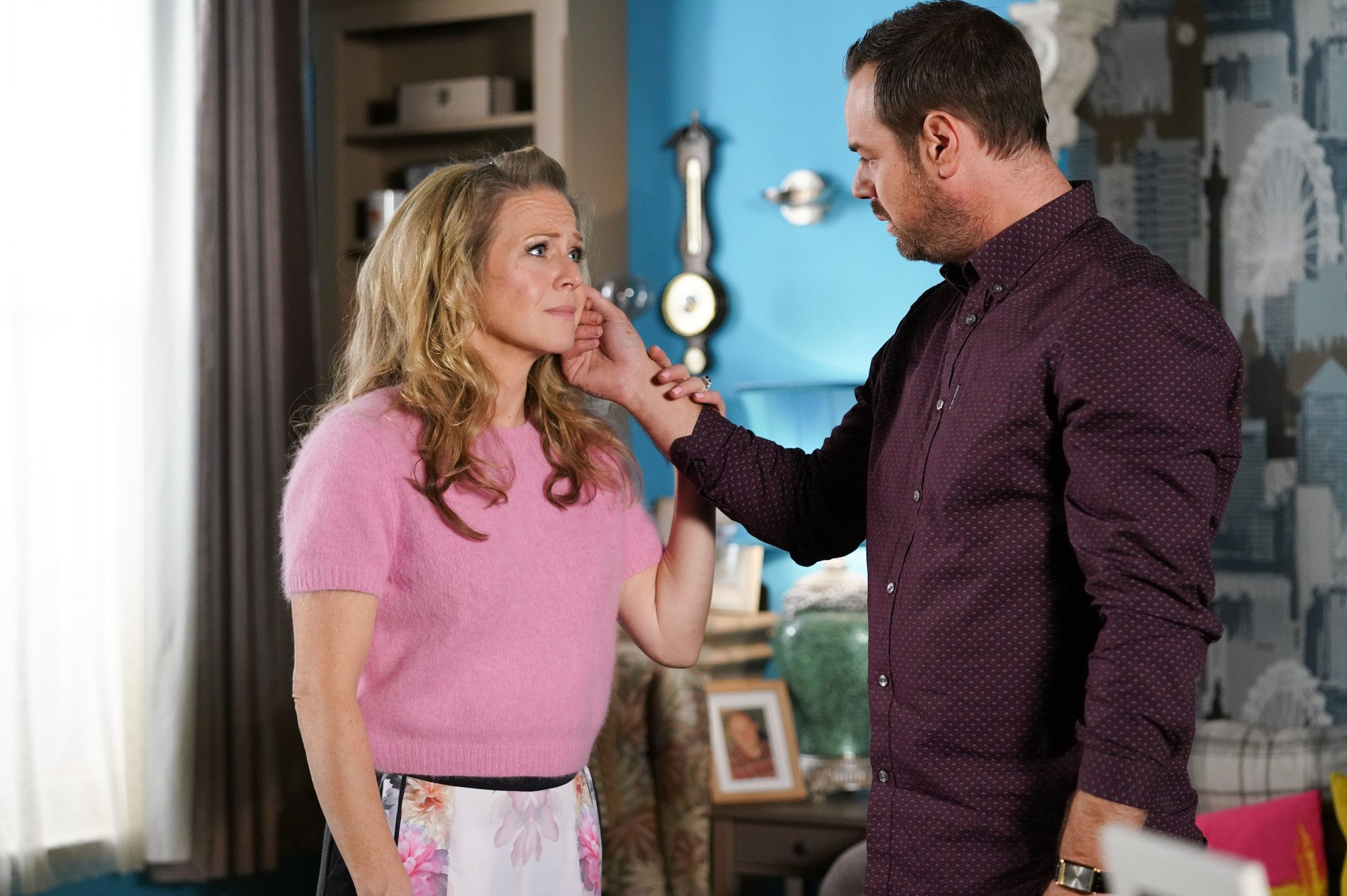 WARNING: Embargoed for publication until 00:00:01 on 08/01/2019 - Programme Name: EastEnders - January - March 2019 - TX: 17/01/2019 - Episode: EastEnders - January - March - 2019 - 5852 (No. 5852) - Picture Shows: *STRICTLY NOT FOR PUBLICATION UNTIL 00:01HRS TUESDAY 8th JANUARY 2019* Linda encourages Mick to open up Linda Carter (KELLIE BRIGHT), Mick Carter (DANNY DYER) - (C) BBC - Photographer: Kieron McCarron